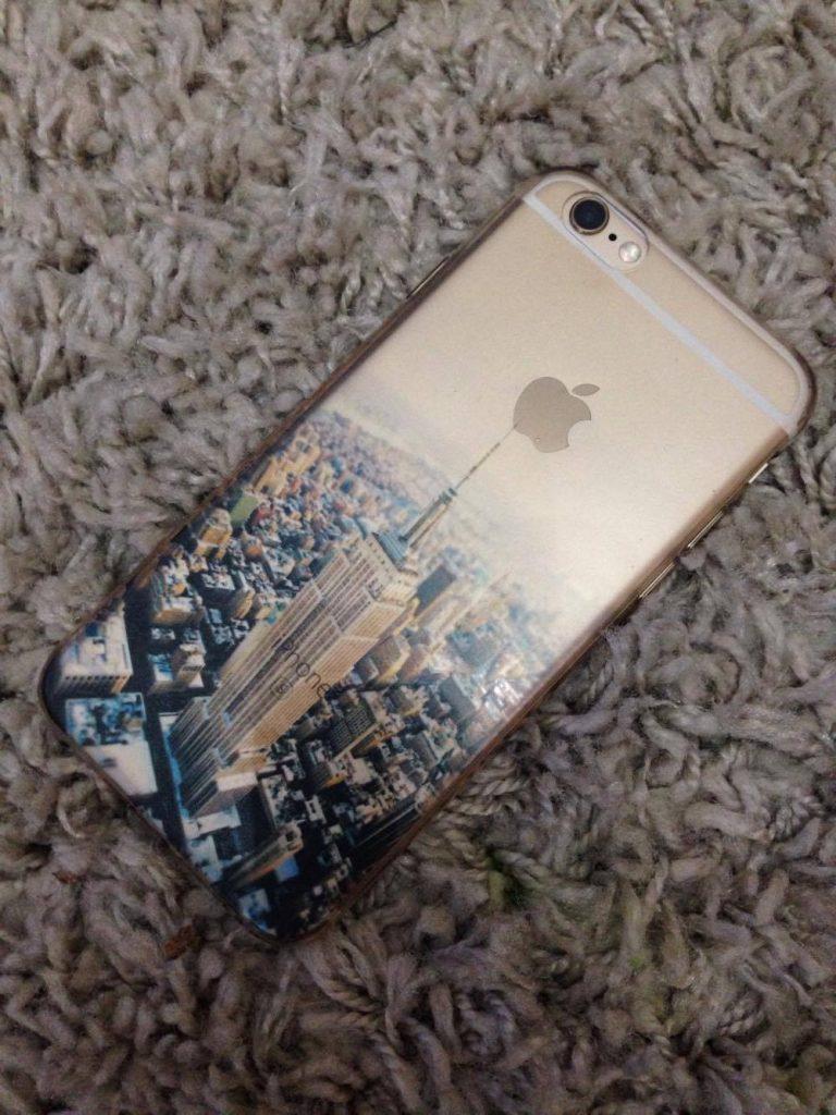 Cum-trebuie-sa-ai-grija-de-un-iPhone
