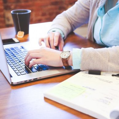 Ce acopera garantia unui laptop?