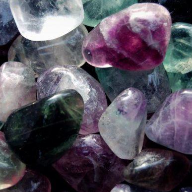 Ce influenta au cristalele asupra noastra?